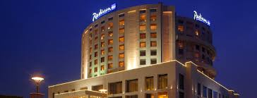 bedroom images hotel dwarka radisson blu hotel new delhi dwarka