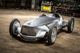 nissan leaf top speed the infiniti prototype 9 u0027s racing body hides an electric heart