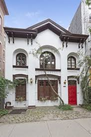 82 best tv u0026movie houses on housekaboodle images on pinterest