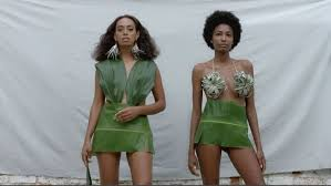 solange a seat at the table album solange knowles releases two aesthetically pleasing videos from a