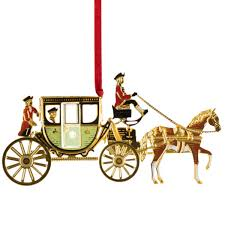 decorate your tree with colonial williamsburg ornaments