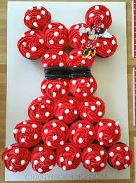 minnie mouse cupcakes minnie mouse pull apart cupcake cake crafty morning
