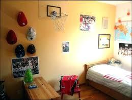 chambre basketball deco basketball chambre bask pouf bask pour d decoration chambre