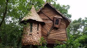 three house the treehouse