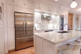 cuisine classique cuisines classiques armoires de cuisine laval macucina