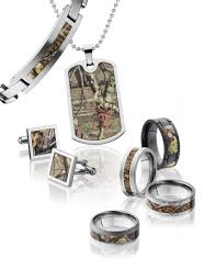 camo wedding rings his and hers camo wedding rings for him and