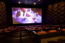 Movie Theater With Beds Nyc Luxury Dine In Theater Opens In Seaport With 29 U0027premium Plus