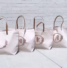 bridal party tote bags best 25 bridesmaid bags ideas on wedding day