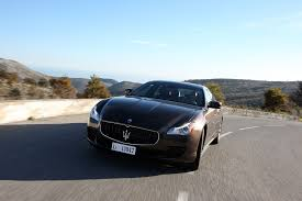 gold maserati quattroporte 2013 maserati quattroporte reviews and rating motor trend