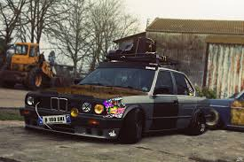 bmw 325i stanced love for this ratty bmw