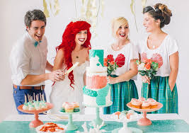 themed weddings how to a mermaid themed wedding instyle