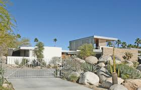Tract Home by Rat Pack Playground U2013 Modernist Homes In Vista Las Palmas