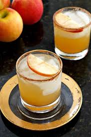 11 easy thanksgiving cocktail recipes that are delicious and