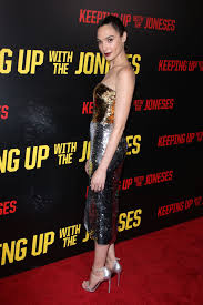 Keeping Up With The Joneses Gadot U2013 U0027keeping Up With The Joneses U0027 Premiere In Los Angeles 10 8