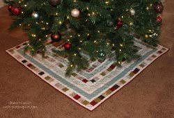 174 christmas quilt patterns and projects favequilts com