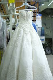 cleaning wedding dress wedding dress cleaning by oxxo care cleaners eco friendly