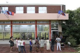 bureau vote horaire monde revivez le premier tour des élections régionales