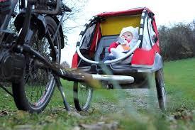 siege pour remorque velo comment transporter bébé sur le vélo de papa planetepapas com