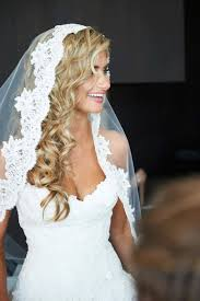 wedding hair veil 27 plain curly wedding hair with veil wodip