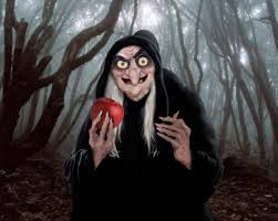 Dwarfs Halloween Costumes Realistic Hag Snow White Dwarfs 18753997 500 399