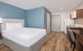 hotels with 2 bedroom suites in savannah ga extended stay hotels savannah pooler woodspring suites hotels