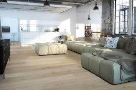 badezimmer laminat laminat frs bad size of und modernen gerumiges laminat