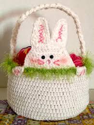 rabbit easter basket peek a boo rabbit crochet easter basket the crochet crowd
