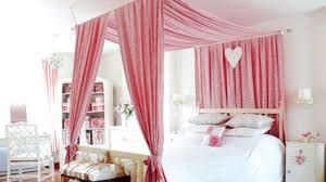 how to decorate canopy bed 22 canopy bed ideas bedroom and canopy decorating ideas youtube