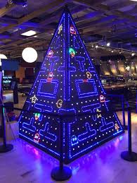 christmas tree light game now that s a great xmas tree gaming pinterest christmas tree