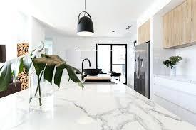 entretien marbre cuisine plan de travail en marbre cuisine avec un plan de travail en marbre