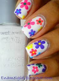 simple flower nail designs trends ideas 2013 pretty