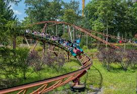 New York To Six Flags New Jersey The Joker Six Flags New 4d Roller Coaster Mami Does It All