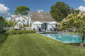 gambrel style homes will someone just buy this adorable wainscott house already