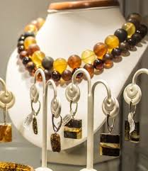 amber earrings necklace images How to choose and buy amber jewelry gif