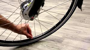 Zefal Bike Pump Instructions by How To Pump A Dutch Bicycle Tire Be Dutch Bicycles Youtube