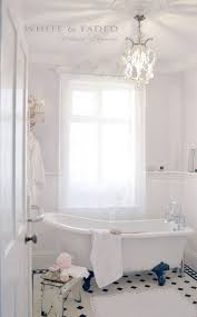 Pinterest Bathroom Decor by Best 10 Romantic Bathrooms Ideas On Pinterest Country Style