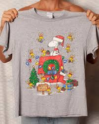 snoopy christmas t shirt 32 best snoopy christmas images on christmas ideas