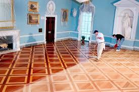 universal floors inc