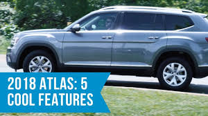 volkswagen atlas interior sunroof 2018 volkswagen atlas top 5 cool features youtube
