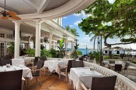 waikiki beachfront dining moana surfrider a westin resort u0026 spa