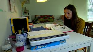 Todays Kids Desk by Too Much U0027 Dad Tries To Do Daughter U0027s Homework For A Week Today Com