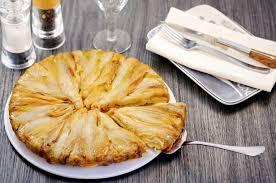 tarte tatin cuisine az recette de tarte tatin d endives à la fourme d ambert