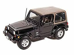 jeep wrangler saharah amazon com jeep wrangler 1 18 black toys
