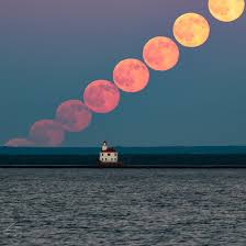 Strawberry Moon | delicious strawberry moon photos rare solstice full moon wows