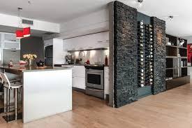 des vers dans la cuisine un cellier dans la cuisine le luxe chez soi le site decomanie com