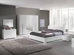 chambre a coucher blanc laqué chambre coucher grise et collection avec chambre blanche et grise