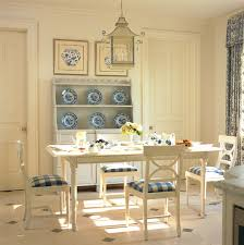 Chinoiserie Dining Room by Chinoiserie Chic The Blue And White Chinoiserie Dining Space