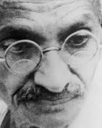 biography of mahatma gandhi summary mahatma gandhi a legacy of peace biography