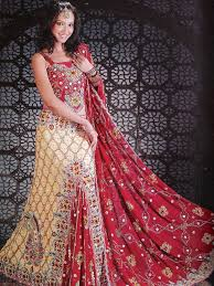 indian wedding dresses for and groom the indian wedding dresses are not complete without the heavy