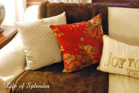 living room pillows and a giveaway thewhitebuffalostylingco com